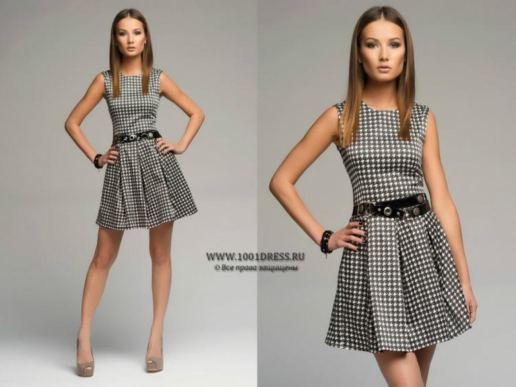 платье с мелким рисунком с чем носить