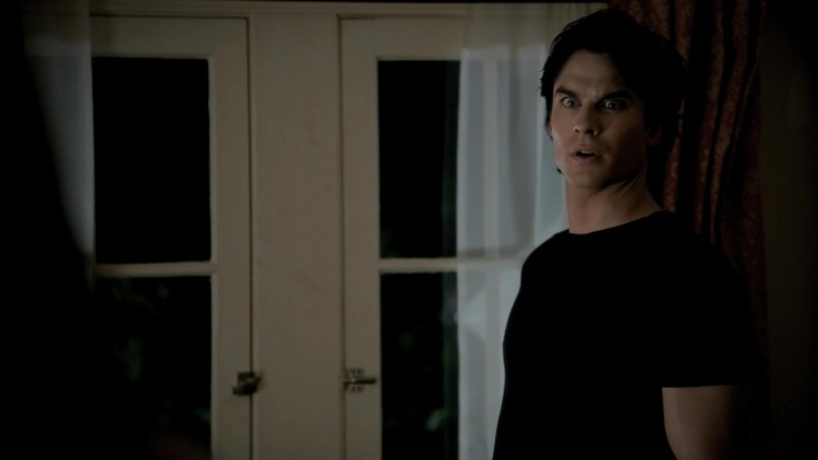 """do elena and damon start dating Rose's ghost points out the benefits and drawbacks to both brothers, though she seems to prefer elena with damon advertisement season 3, episode 20, """"do not go gentle"""" — decade dance romance."""