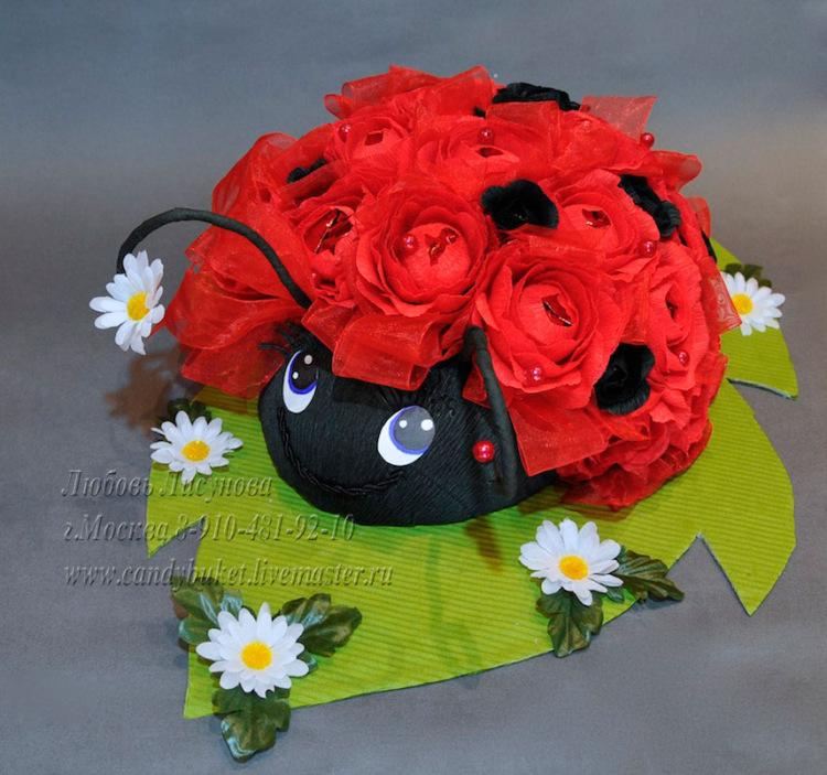 Букет цветов из гофробумаги своими руками 88