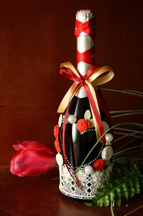 Как украсить ко дню рождения мужчине бутылку своими руками