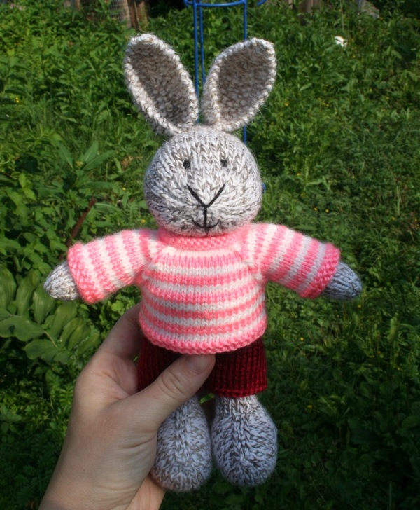 Вязание спицами игрушка заяц 24