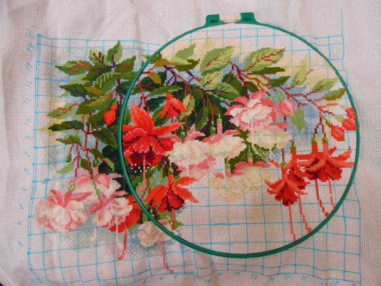 Схема цветов вышивки крестом фуксия