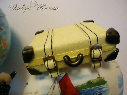 Как сделать игрушечный чемодан 156